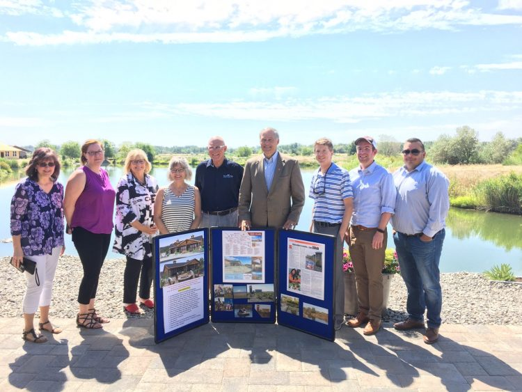 Governor Jay Inslee Visits Zillah Lakes Inn- July 2018