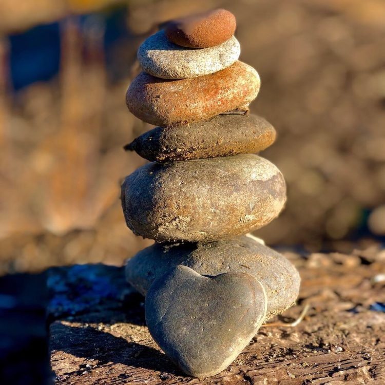 Zillah Lakes Rock Stacking